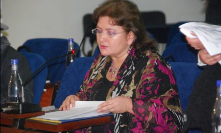 Gloria Flórez, promueve iniciativas que fortalecen la integracion, la paz y la solidaridad andina
