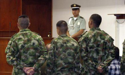 Colombia: Decisión judicial suspende proceso penal por homicidios del Ejército