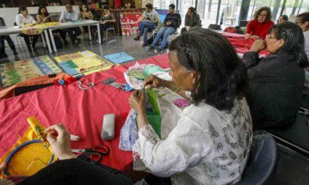 El costurero de la memoria que reúne a las víctimas del conflicto