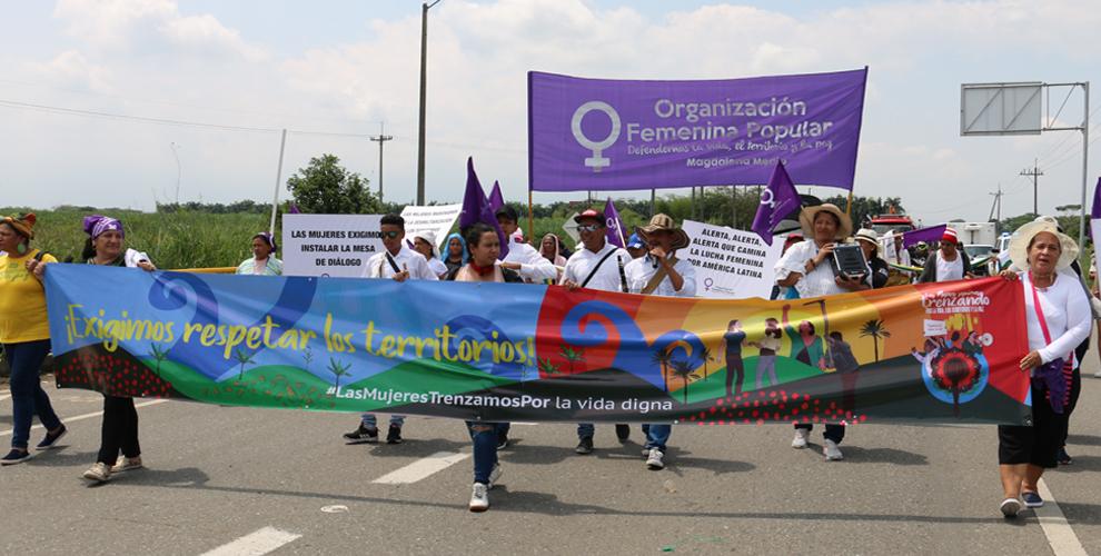 Mujeres movilizadas el 8M: «Seguimos trenzamos por la vida, la libertad y la autonomía»