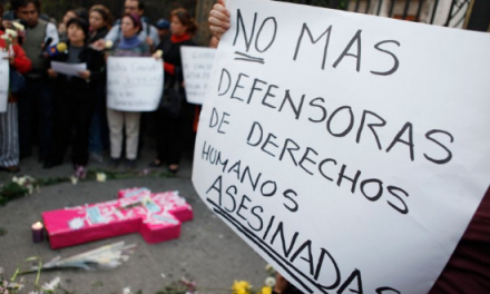 Colombia premia a sus defensores(as)