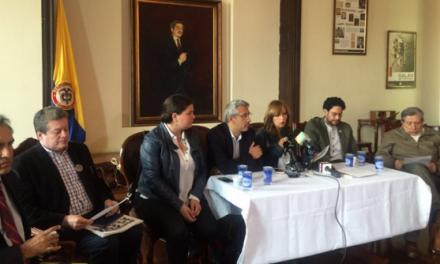 Sectores políticos y sociales llaman a conformar comisión que ayude a concretar proceso de paz entre Gobierno y ELN