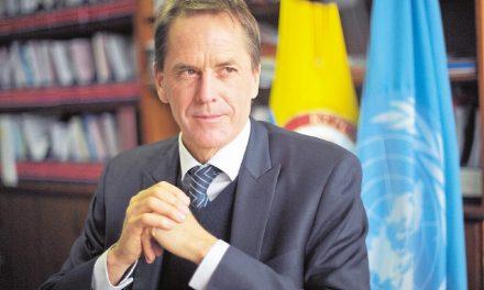 Movimientos sociales y de DDHH solicitan permanencia de Todd Howland en Colombia