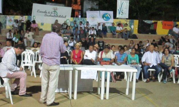 Comunicado a la opinión pública: Las Consultas populares son una conquista democratica