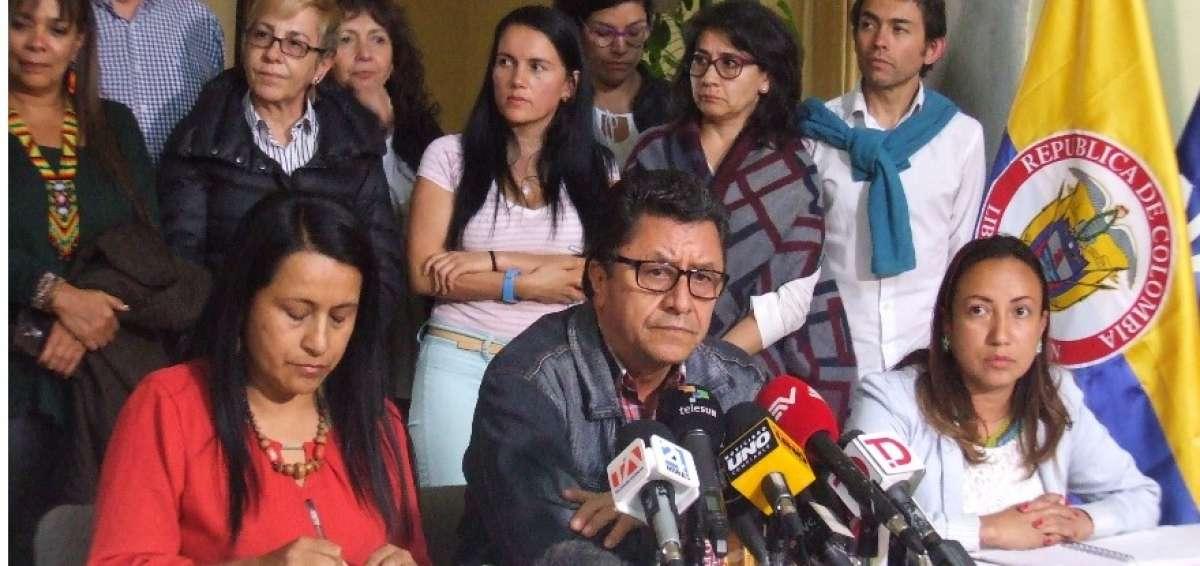 Sociedad civil logra avances en proceso de paz de Quito