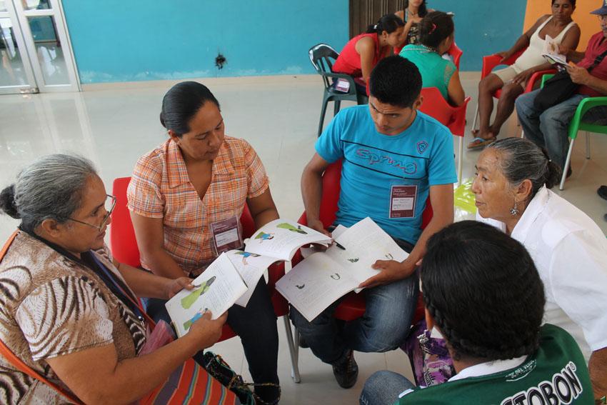 Escuela de mujeres en Putumayo