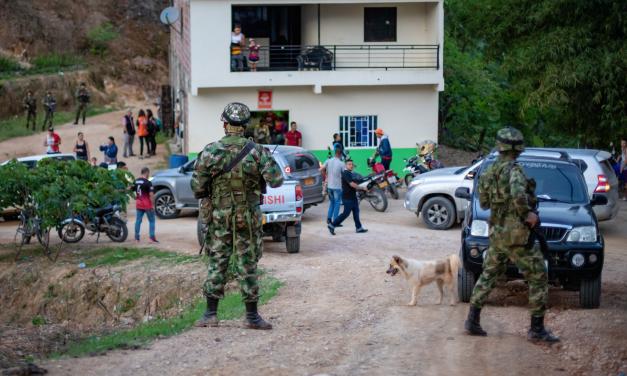 Ejército en el Catatumbo hace torturas, disparos y allanamientos: campesinos