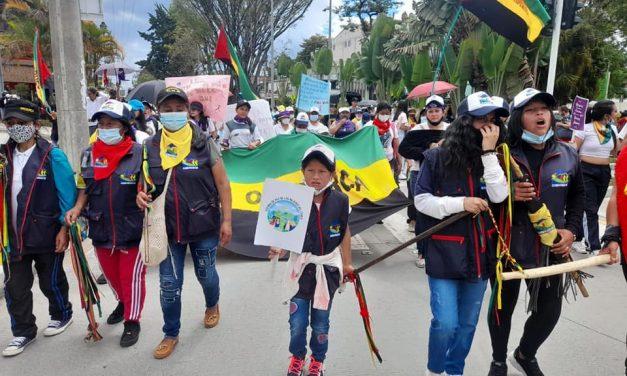 Mujeres del Cauca presentes en #ParoNacional